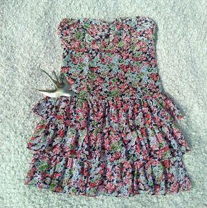 Express black floral M ruffled strapless dress